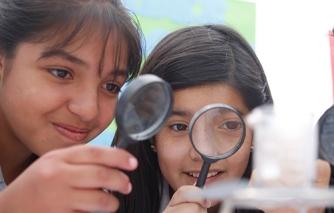 niñas ciencias